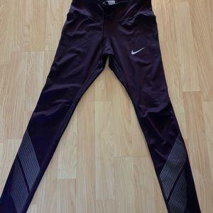 Nike  DriFit Joggers / leggings
